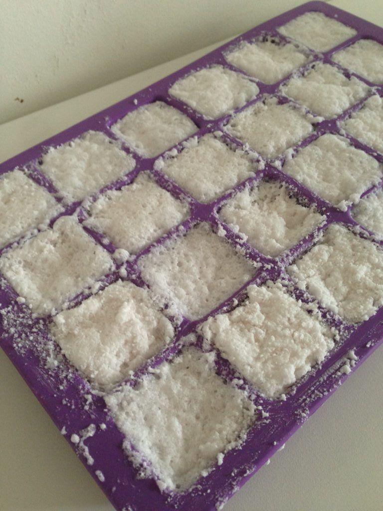 pastilles pour lave vaisselle le tuto diy produit. Black Bedroom Furniture Sets. Home Design Ideas