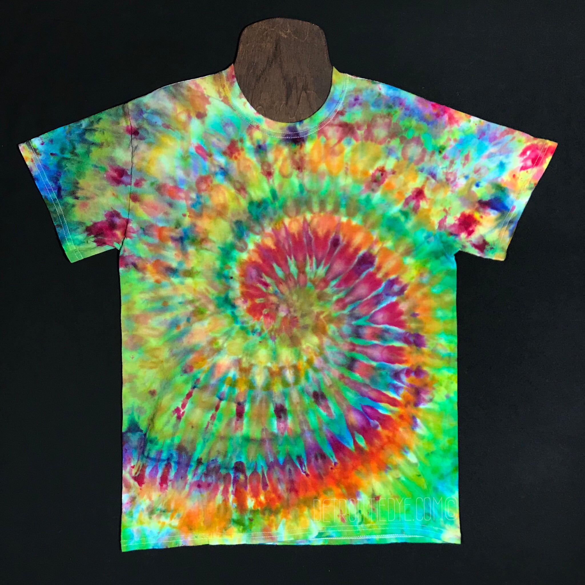 Ice Dyed Wave T-Shirt Tie Dye Wave Shirt Rainbow Tie Dye XL Shirt