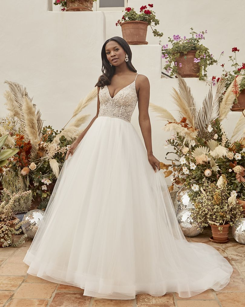 Pin By In White Lancaster Pa On My Future Wedding Wedding Dresses Romantic Bridal Wedding Dresses Floor Length Wedding Dress [ 1013 x 810 Pixel ]