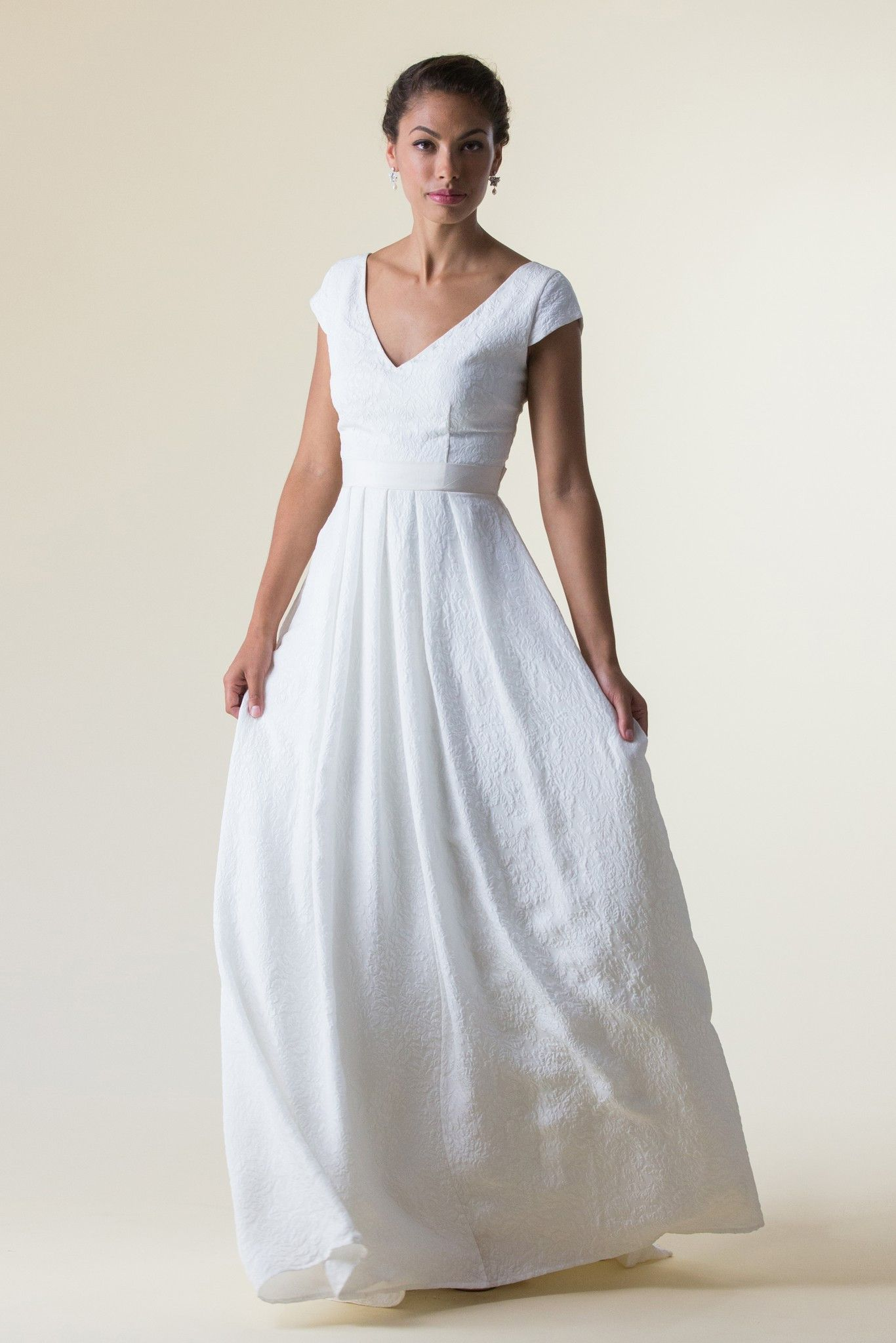 Cap Sleeves Wedding Dresses with Pockets