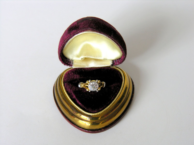 Vintage Ring Box Maroon Velvet Heart Jewelry by veraviola on Etsy