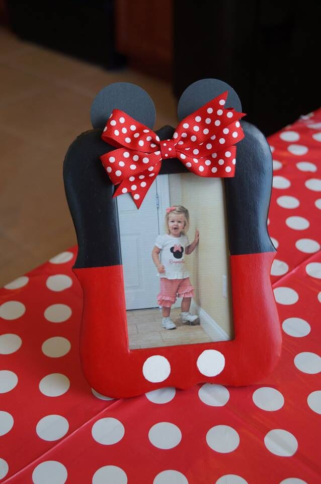 Diy Minnie Mouse Frame Brynleighs Minnie Mouse 2nd Birthday
