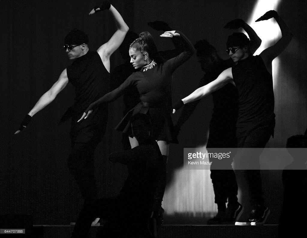 Ariana Grande Dangerous Woman Tour New York City Ariana Grande Madison Square Garden And