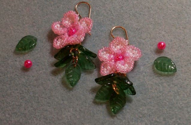 Three Lovely Beaded Flower Earrings Tutorials Bead Weaving