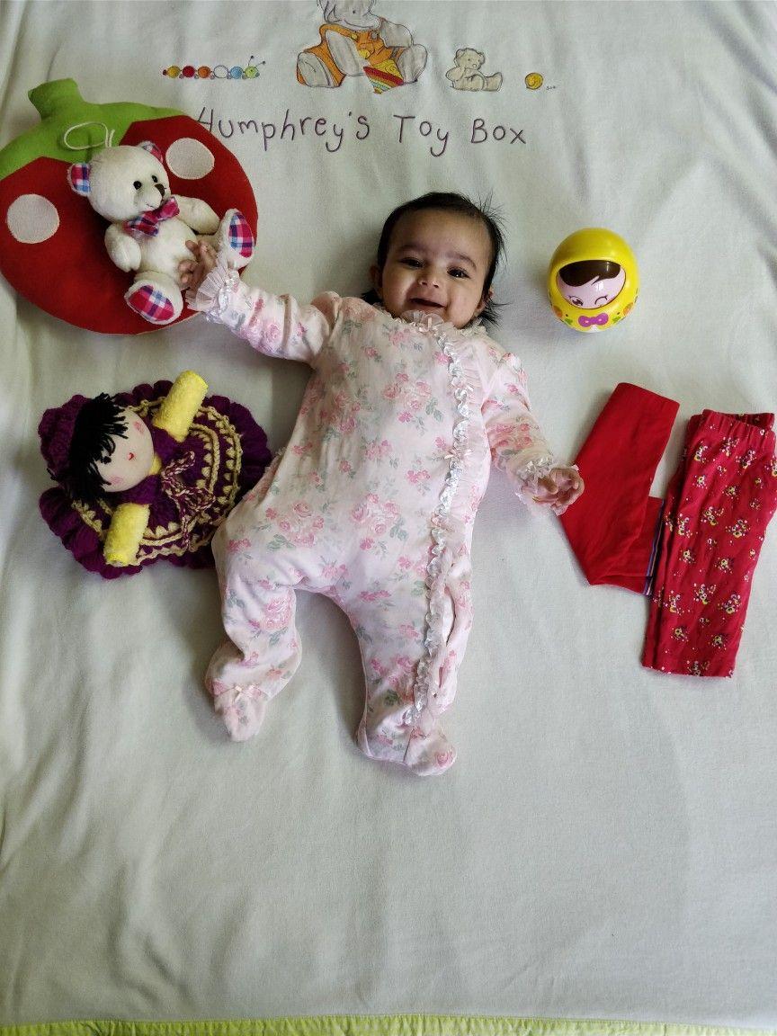 4month old baby photoshoot babytoys toys babylove 4