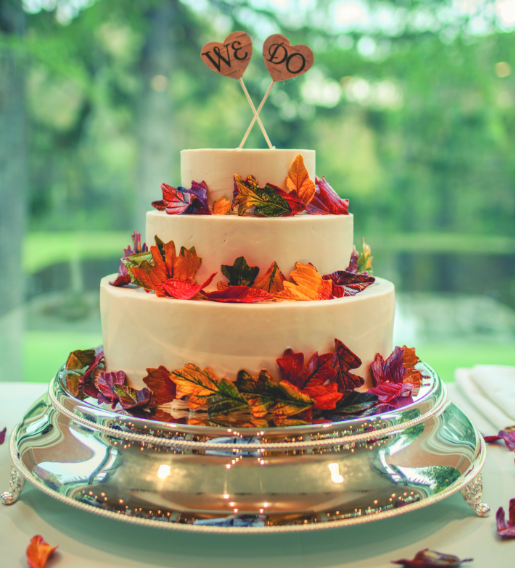 Wedding Ideas For Winter On A Budget: November Wedding Cakes That Mix Autumn & Winter Flair