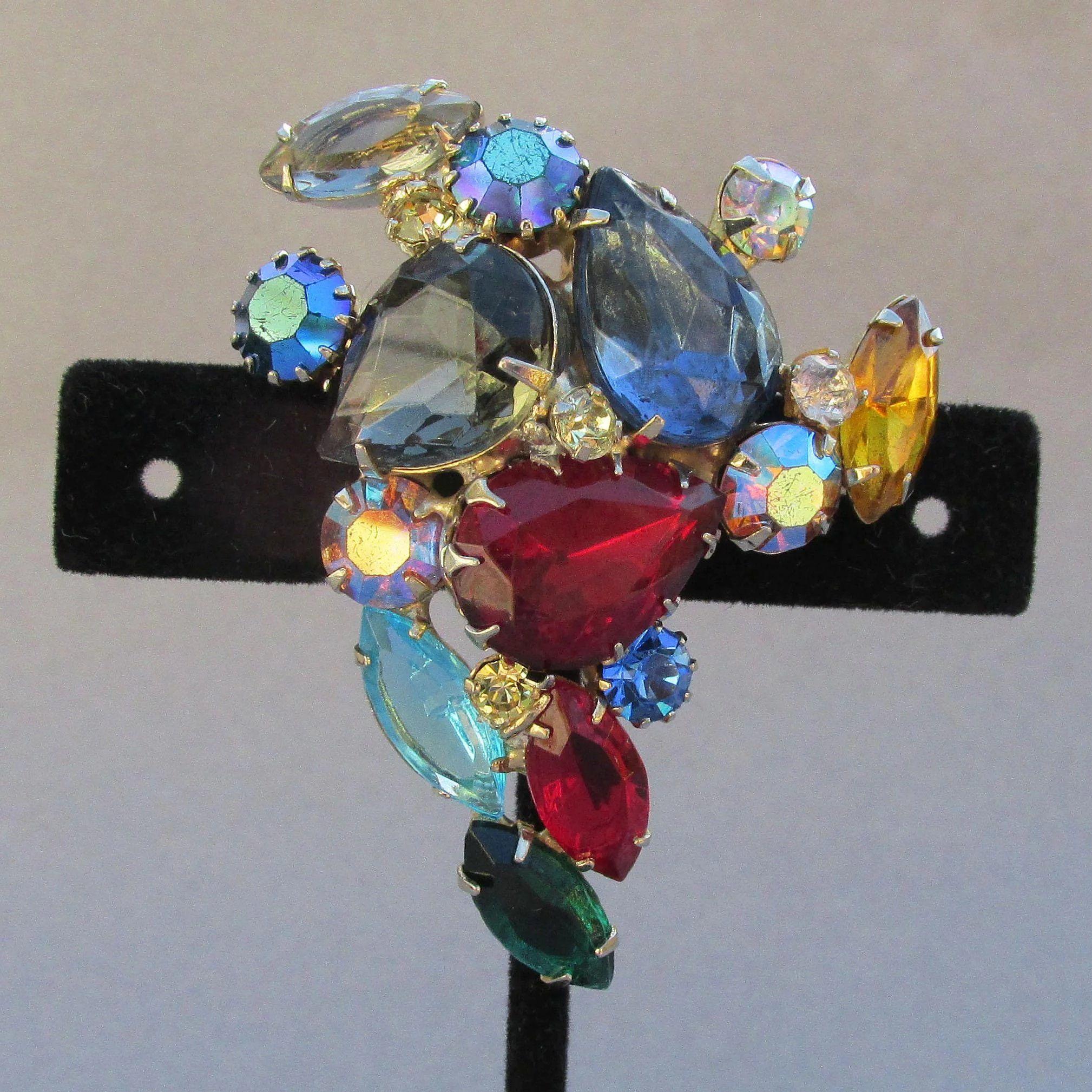 Style 123020 Diamontrigue Jewelry: Vibrant Unsigned WEISS Big Jewel Tone Rhinestone Pin