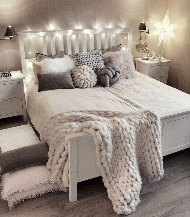25+ Romantic Bedroom Decor Ideas To Make Your Home More