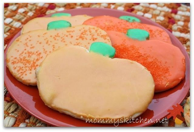 Mommy's Kitchen - Recipes From my Texas Kitchen: Pumpkin Shaped Sugar Cookie's {Teacher Treats} #pumpkinshapedcake Mommy's Kitchen - Recipes From my Texas Kitchen: Pumpkin Shaped Sugar Cookie's {Teacher Treats} #pumpkinshapedcake