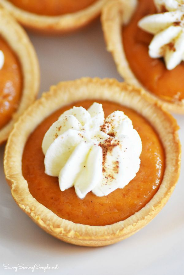 Mini Pumpkin Pies Made in a Muffin Tin #thanksgivingrecipes