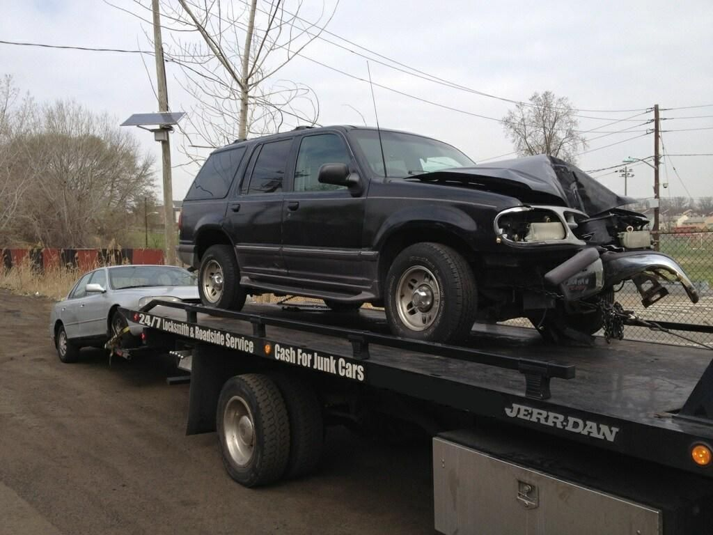 Junk Vehicle Removal Naperville, Plainfield, Bolingbrook