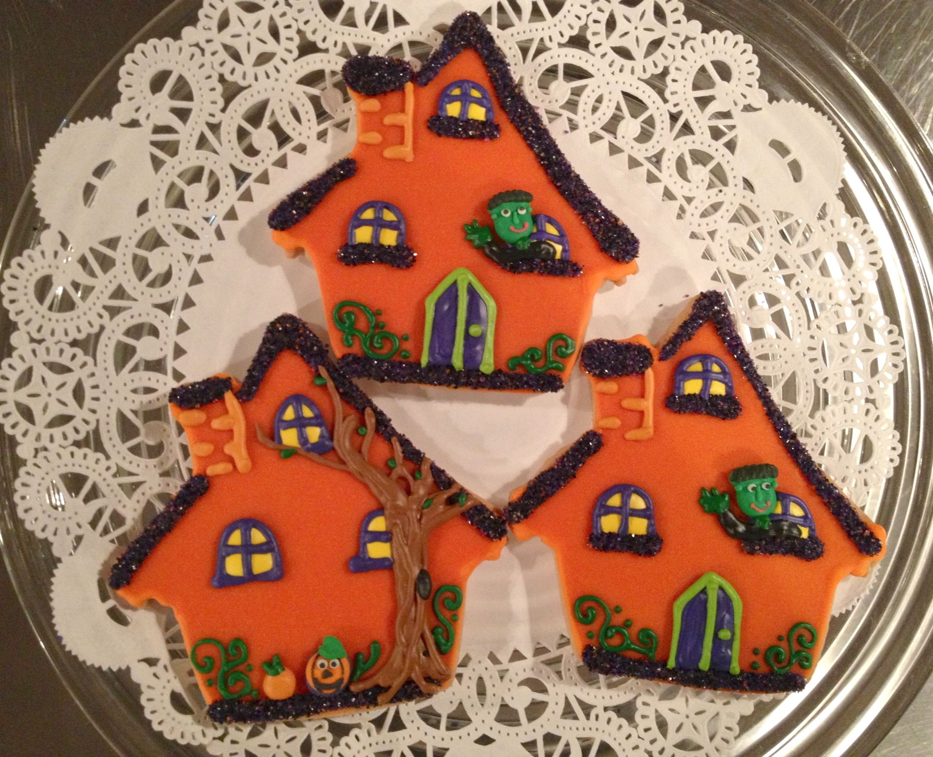 Haunted House cookies for Halloween Lily\u0027s Cookies www - Halloween Decorated Cookies