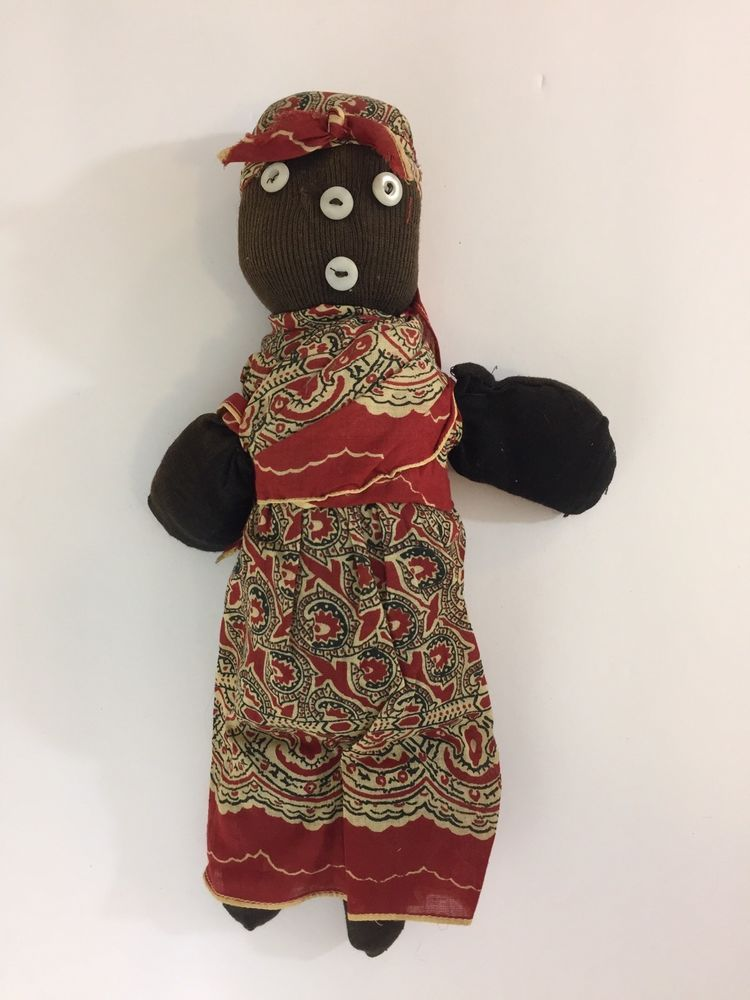 AUTHENTIC VOODOO DOLL  BLACK WOOD BOX HAND MADE WITH  PINS