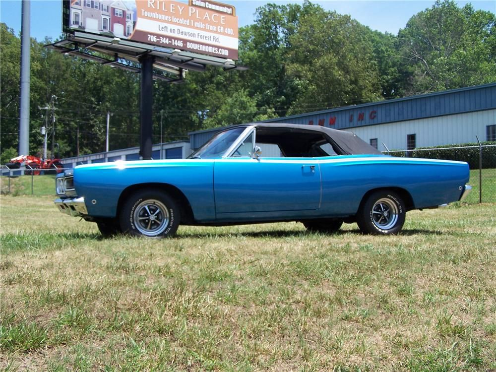 This 1968 Plymouth Satellite My first car. Mine was maroon with a ...