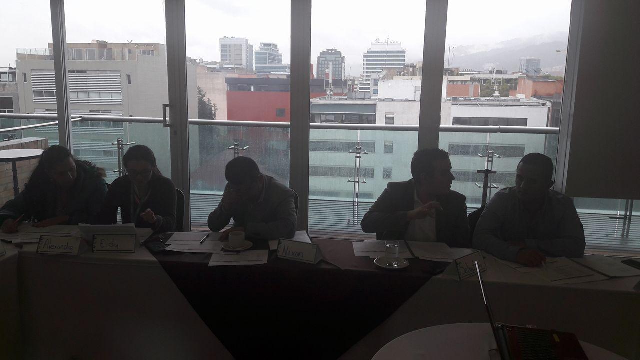 Todos los presentes en el curso compartieron puntos de vista sobre los temas vistos.