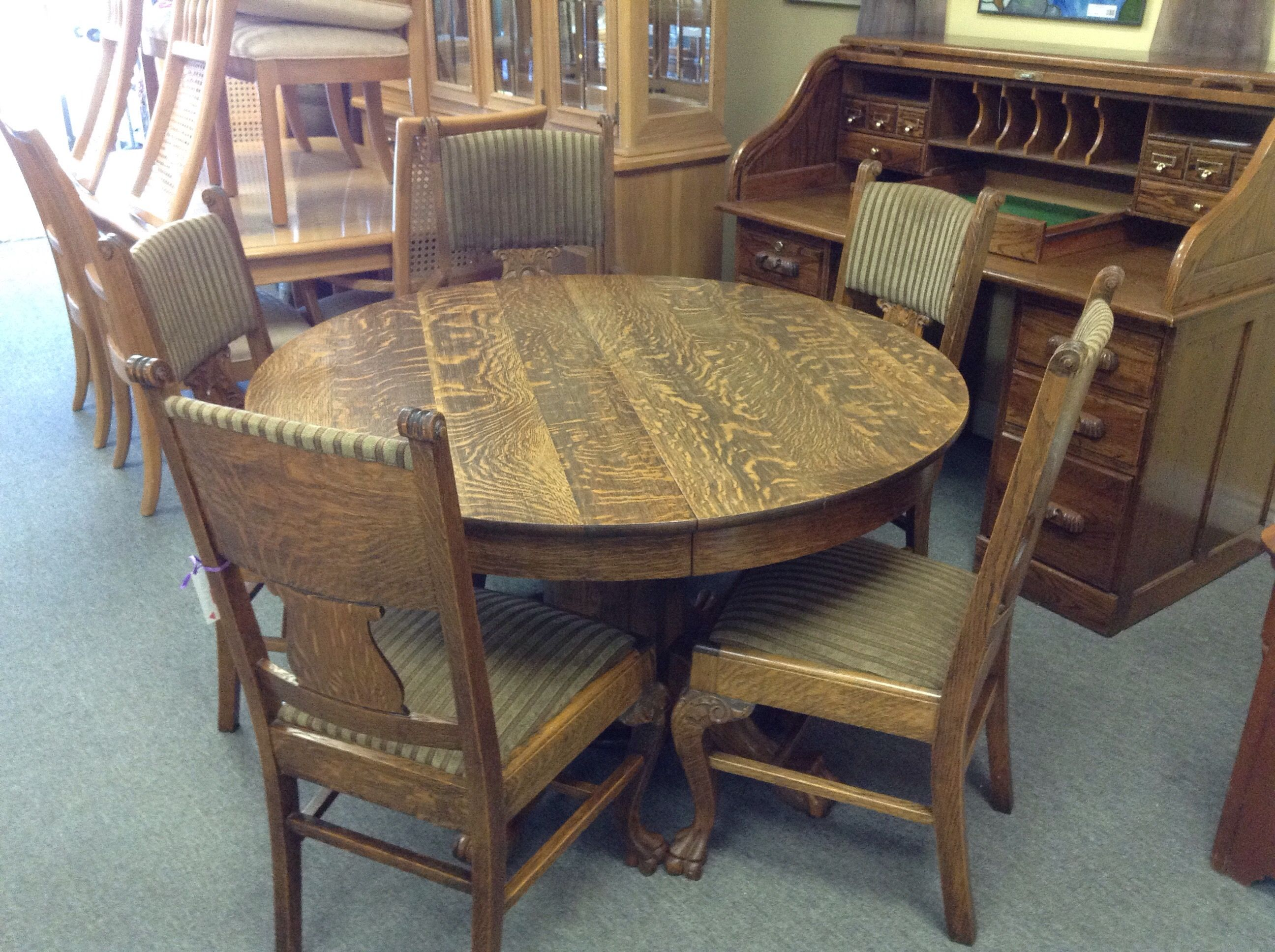 Oak Dining Set  Round Quarter Sawn Oak Tableincludes 1 Captains Glamorous Captain Chairs For Dining Room Inspiration