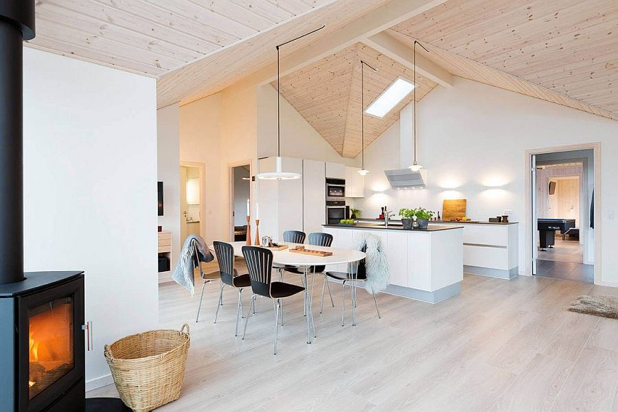 Danish Summer House Design: Dining Room And Kichen Space Of The Breezy Denmark Summer