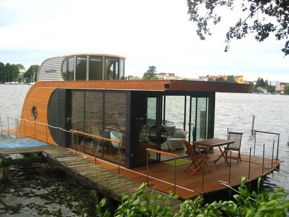 a rather cool houseboat in berlin found at tiny houses. Black Bedroom Furniture Sets. Home Design Ideas