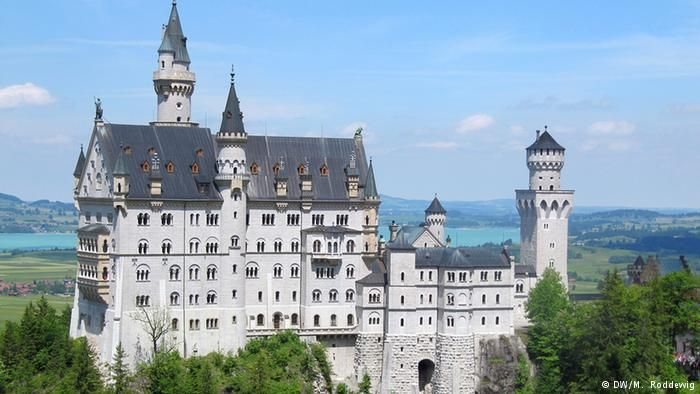 Germany S 10 Most Beautiful Castles All Media Content Dw Com 28 07 2014 Neuschwanstein Castle Attractions In Germany Schloss Neuschwanstein