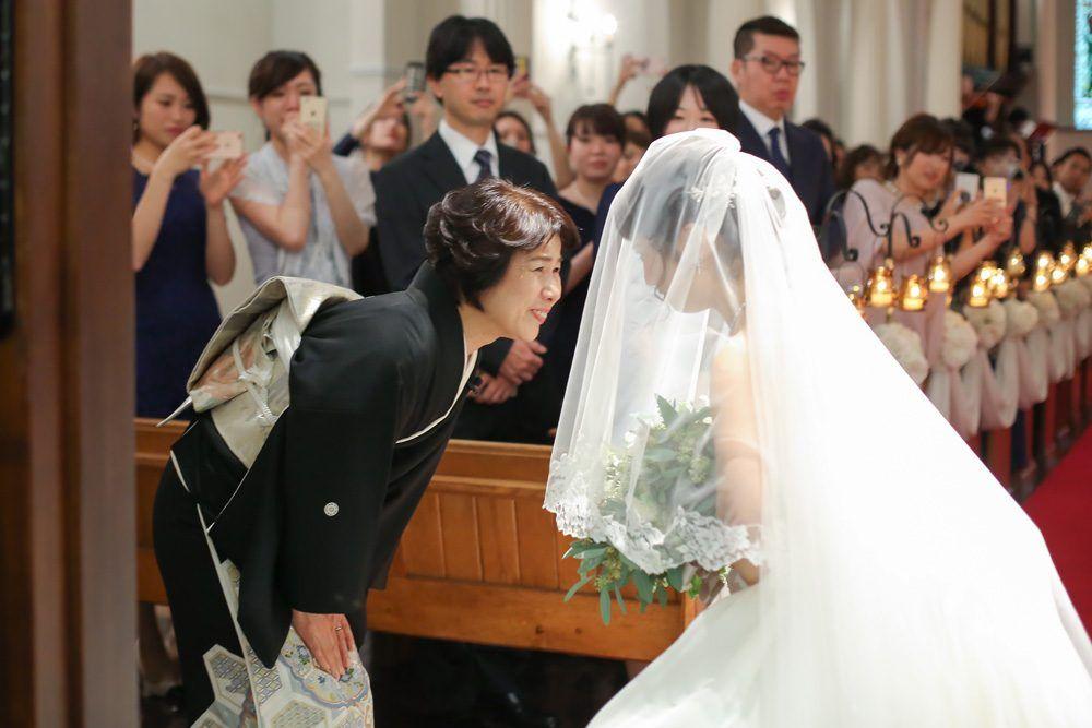 大阪心斎橋の教会ウェディング 結婚式場 大阪セントバース教会 教会 ウェディング ウェディング 挙式