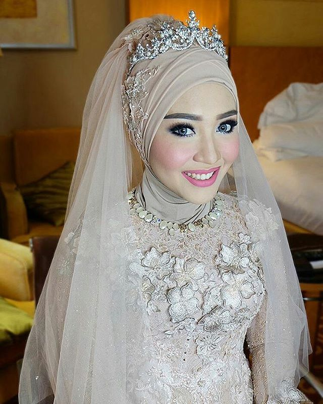 Flawless make up by stephanieyoung_mua Muslim wedding