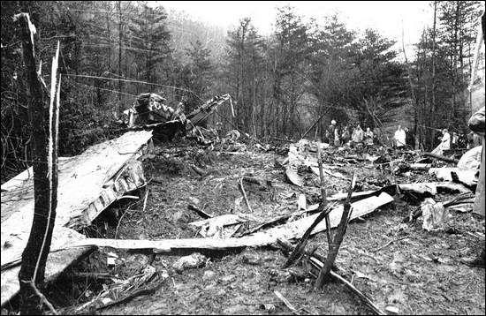 Lynyrd Skynyrd Plane Crash Plane photos Pinterest
