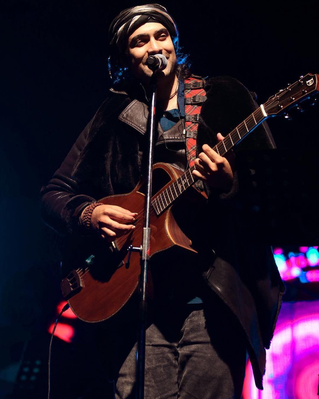 Jubin nautiyal bollywood singer and musicianlive