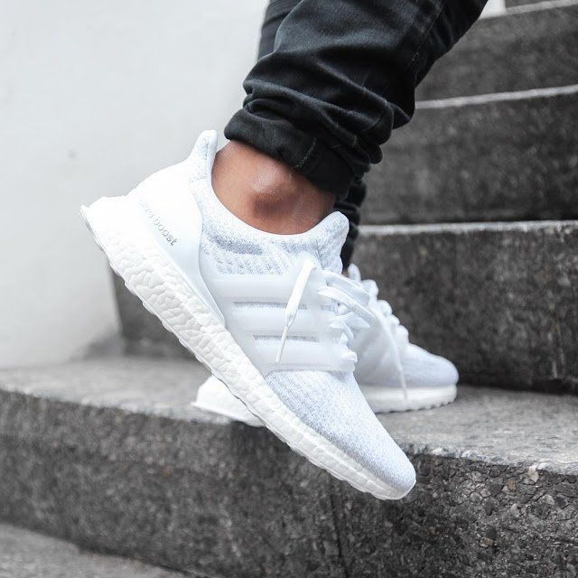 adidas Ultra Boost 3.0 'Triple White' | moda en 2019