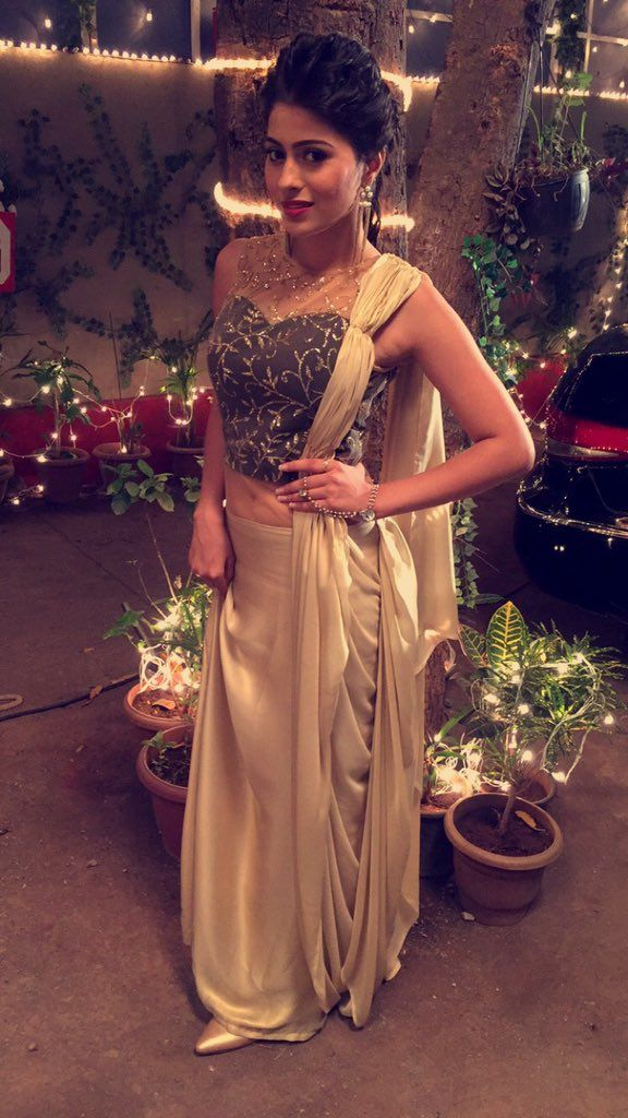 APARNA DIXIT on Twitter in 2020 Designer party wear