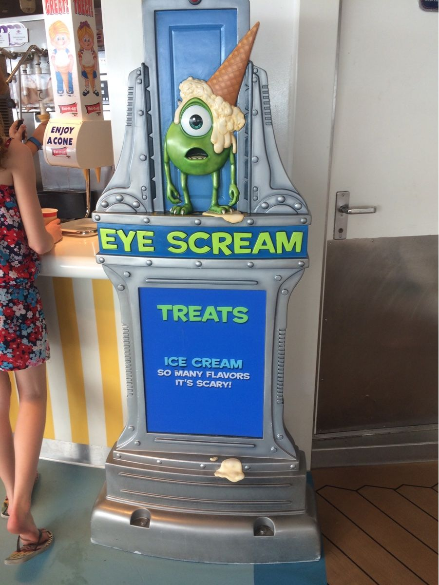 Picture of EYE SCREAM! Unlimited soft served ice cream