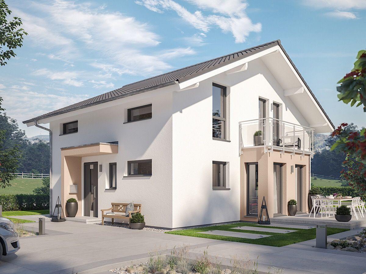Modernes Haus Mit Flachem Satteldach Wintergarten Erker Mit Balkon