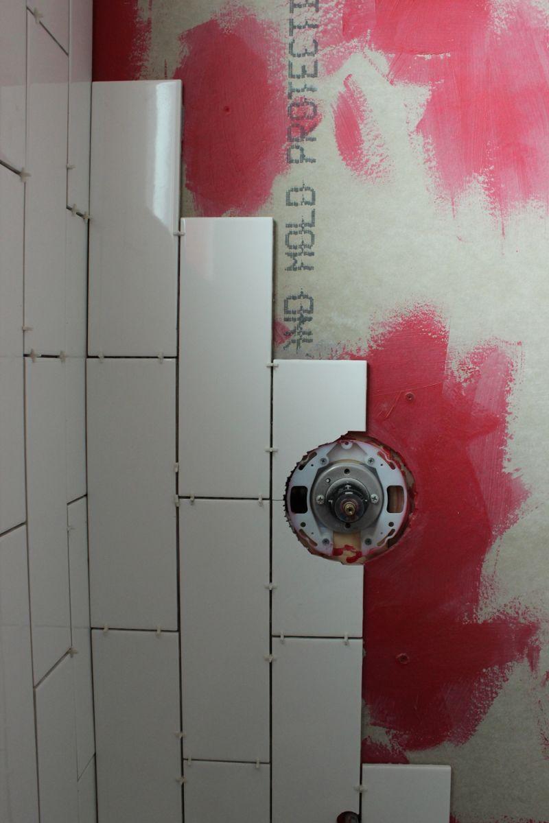 How To Use A Wet Tile Saw A Beginner S Basic Guide Diy Tile Shower Tile Saw Diy Tile
