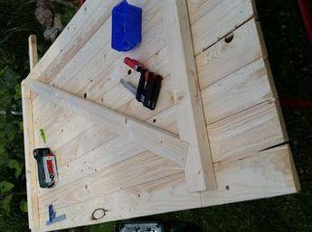 Holztür mit Rahmen für's Stallgebäude Tür selber bauen