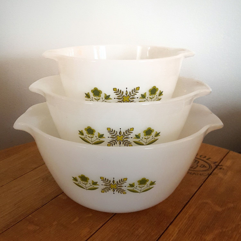 Vintage Fire King Green Meadow Cinderella Nesting bowls - set of ...