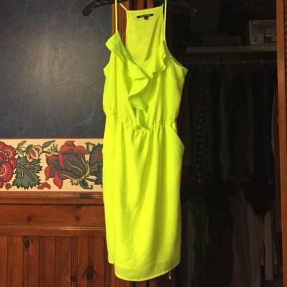 Neon yellow Gianni Binni yellow dress size large Neon yellow Gianni Bini dress/ no holes or stains Gianni Bini Dresses Mini