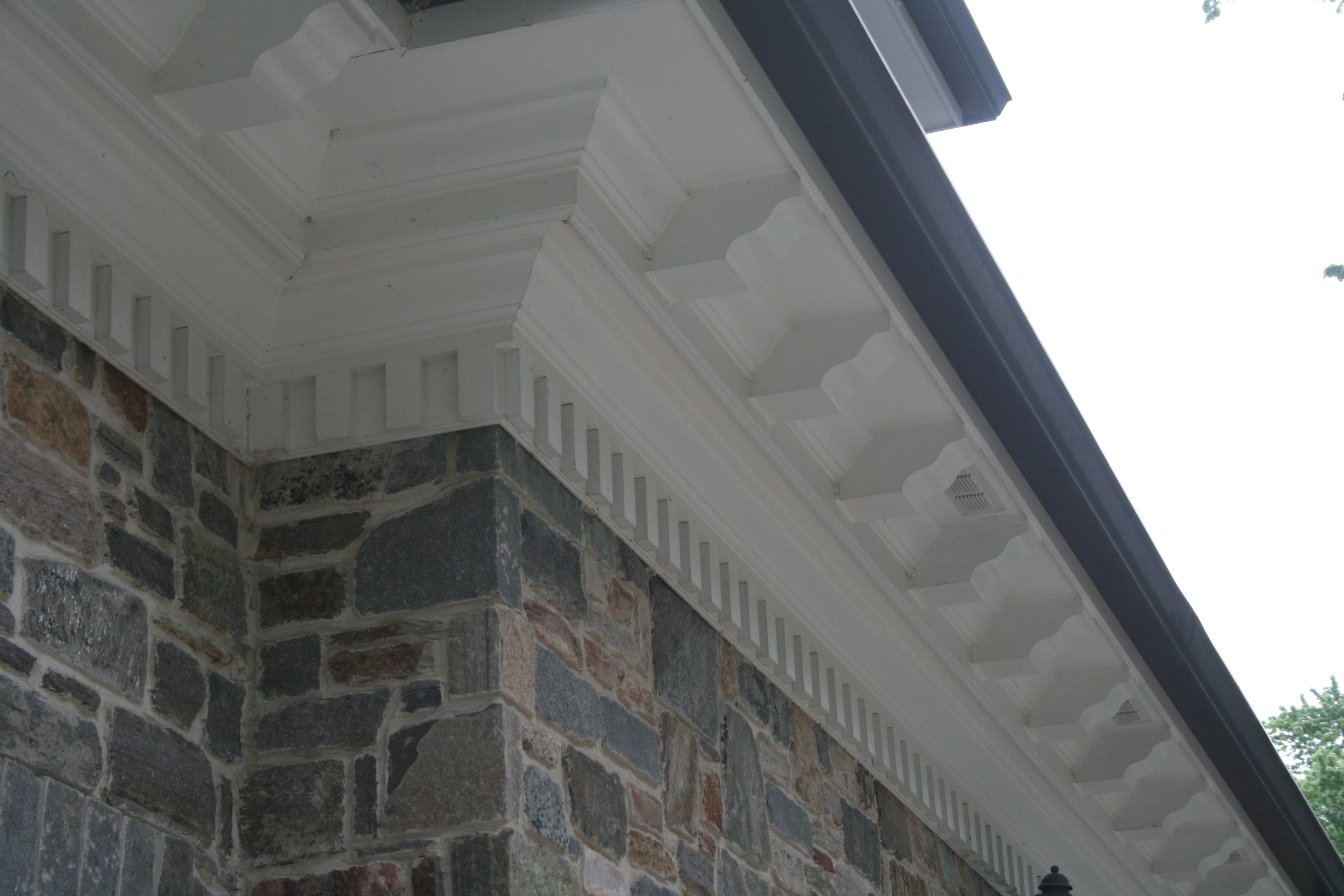 Dentil Molding On Exterior By Thomas Homes Inc Virginia Homes