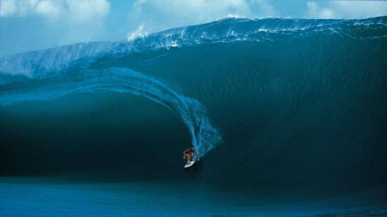 LA OLA DE TEAHUPO'O -En la isla de Tahiti