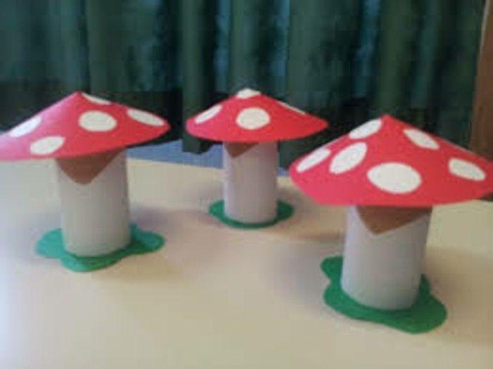 herbstbasteln mit kindern herbstdeko selber machen basteln mit klopapierrollen pilze diy do. Black Bedroom Furniture Sets. Home Design Ideas
