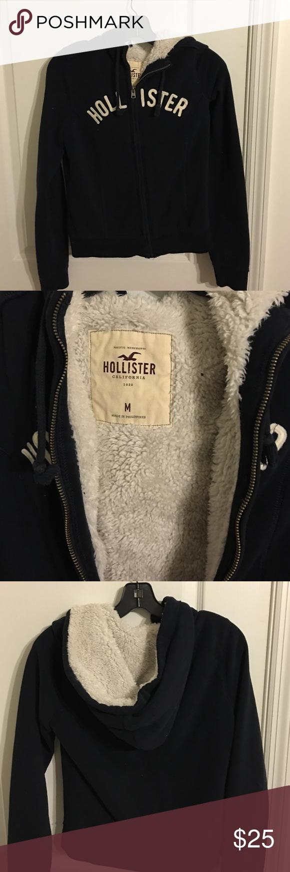 hollister zip up jacket super soft and comfy! never worn looks brand new Hollister Tops Sweatshirts & Hoodies