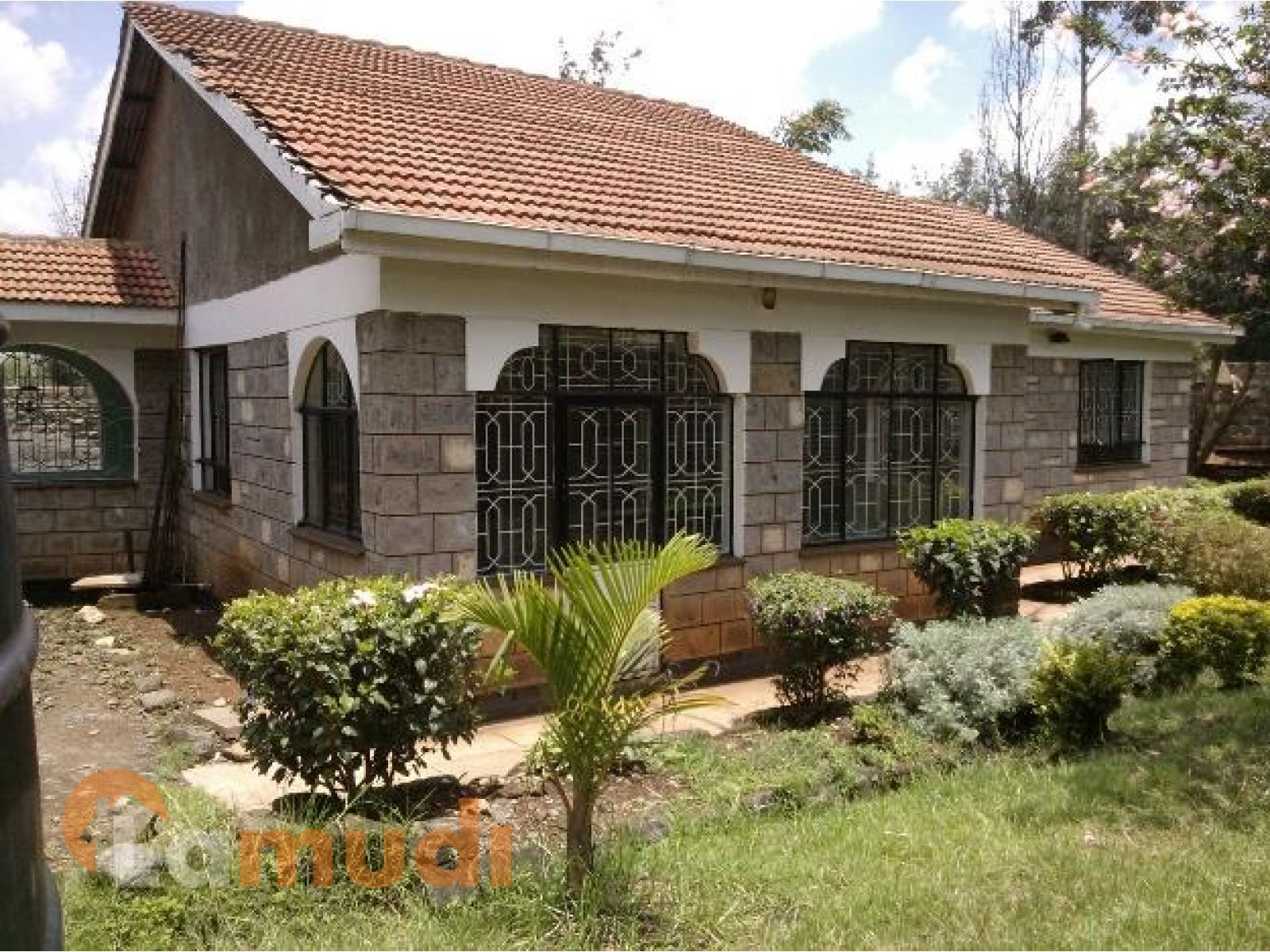Beautiful Bungalows In Nairobi Modern House