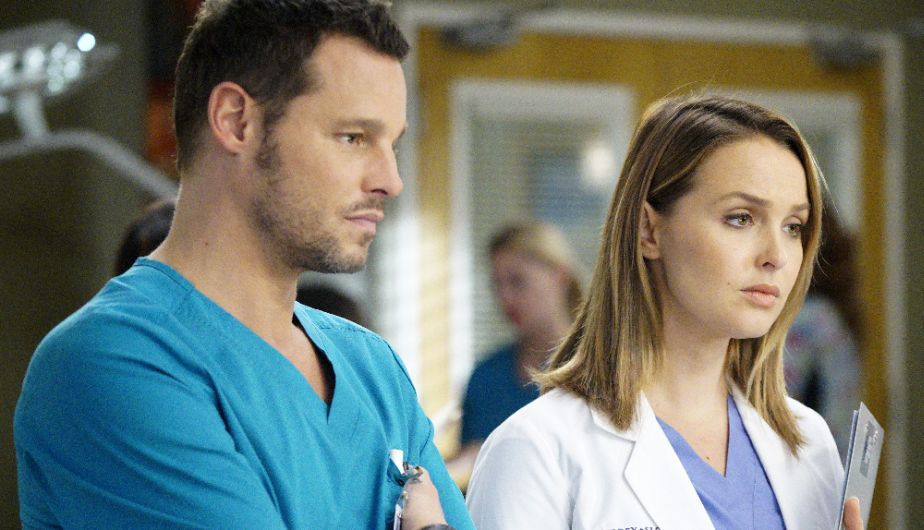Grey S Anatomy 13x06 Dónde Y A Qué Hora Ver El Capítulo 6 De La Temporada 13 Video Tv Espectáculos L Grey S Anatomy Anatomía De Grey Justin Chambers