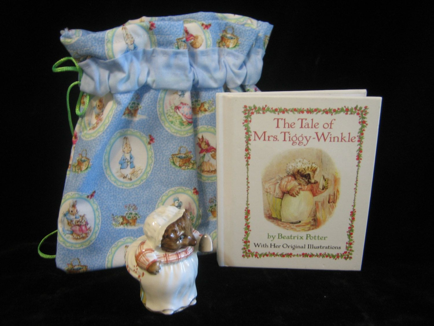 Beatrix Potter Libros Vintage Mrs Tiggy Winkle Figurine Book And Bookbag By