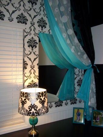 PreTeen Girls Room   Black   White with a splash of Blue   Small bedroom. PreTeen Girls Room   Black   White with a splash of Blue   Small