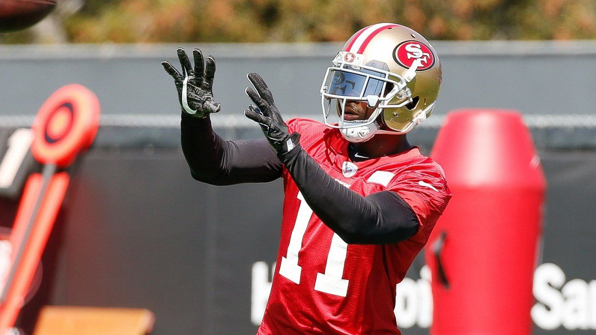 WR Marquise Goodwin sings 'Happy Birthday' to young 49ers