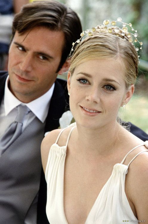 Jack Davenport and Amy Adams in The Wedding Date (2005)