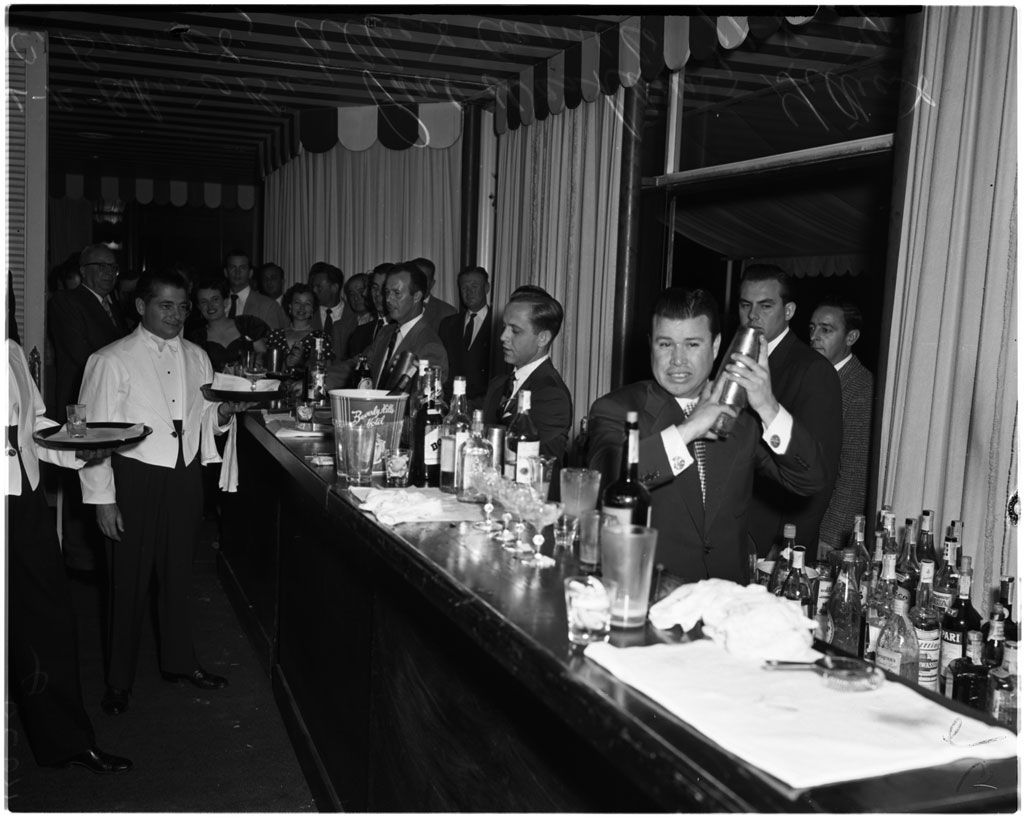 Bartenders contest at Beverly Hills Hotel, 1954 Beverly