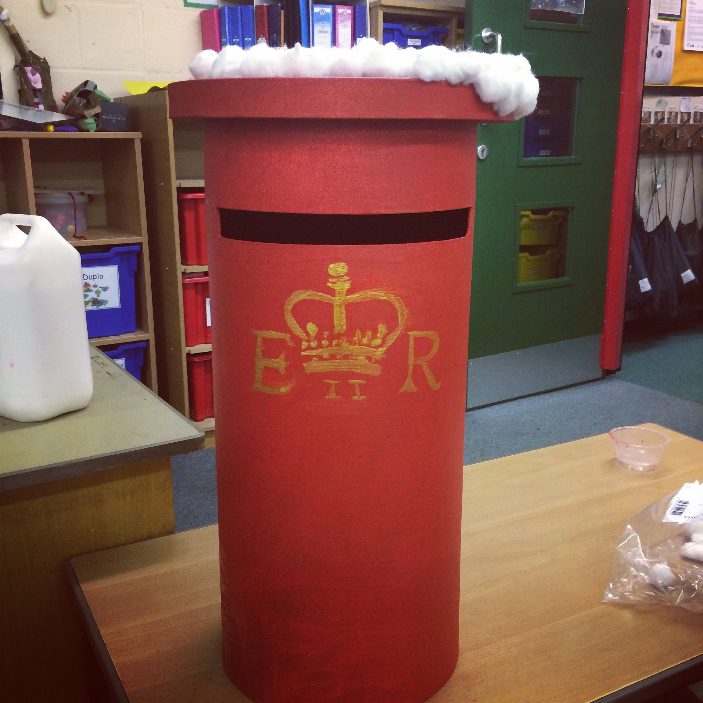 Christmas Post Box I bought this card post box from