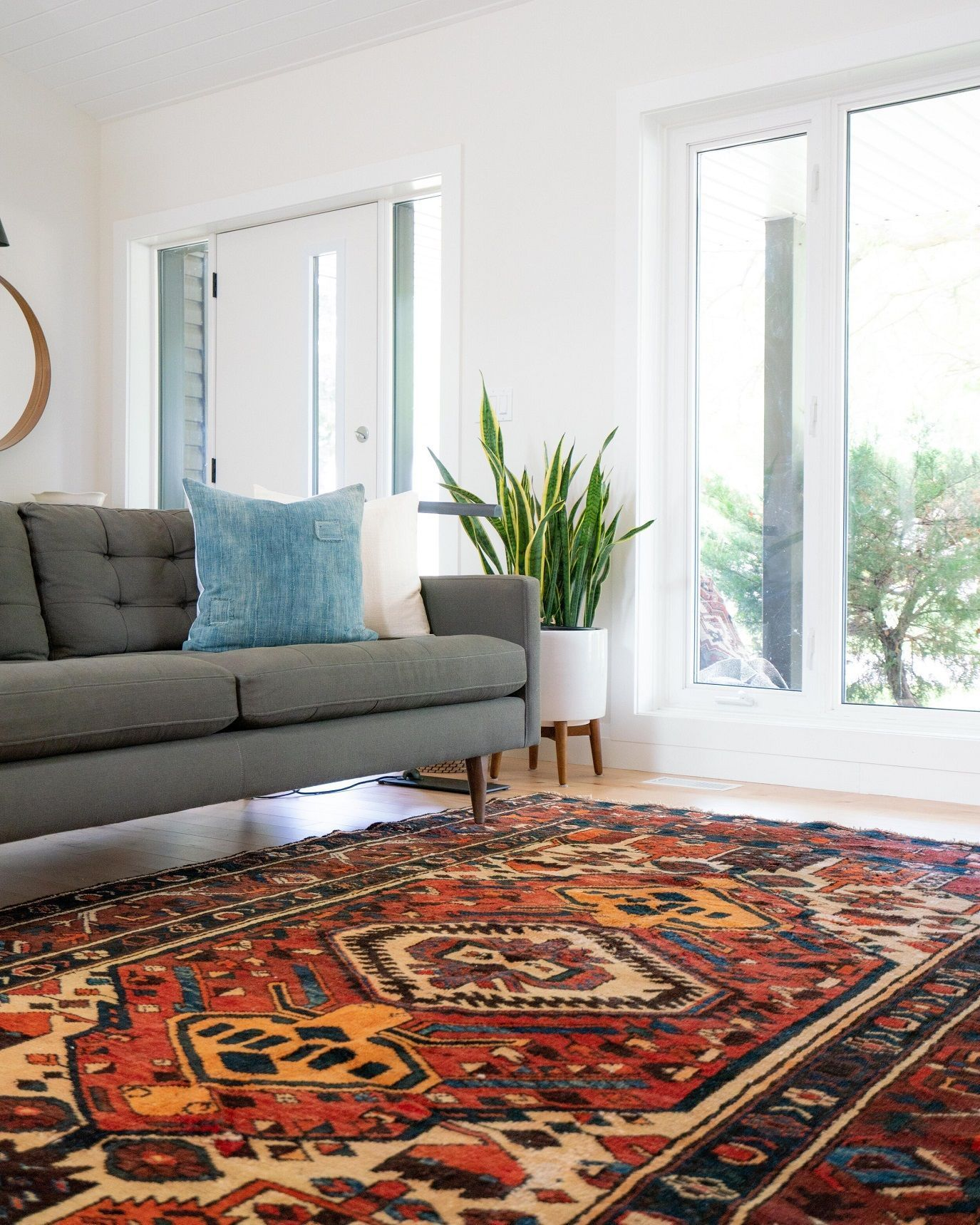 Rugs Can Introduce Colors And Patterns Capture The Essence Of A Particular Interior Style And Create A In 2020 Living Room Area Rugs Area Room Rugs Minimalist Decor