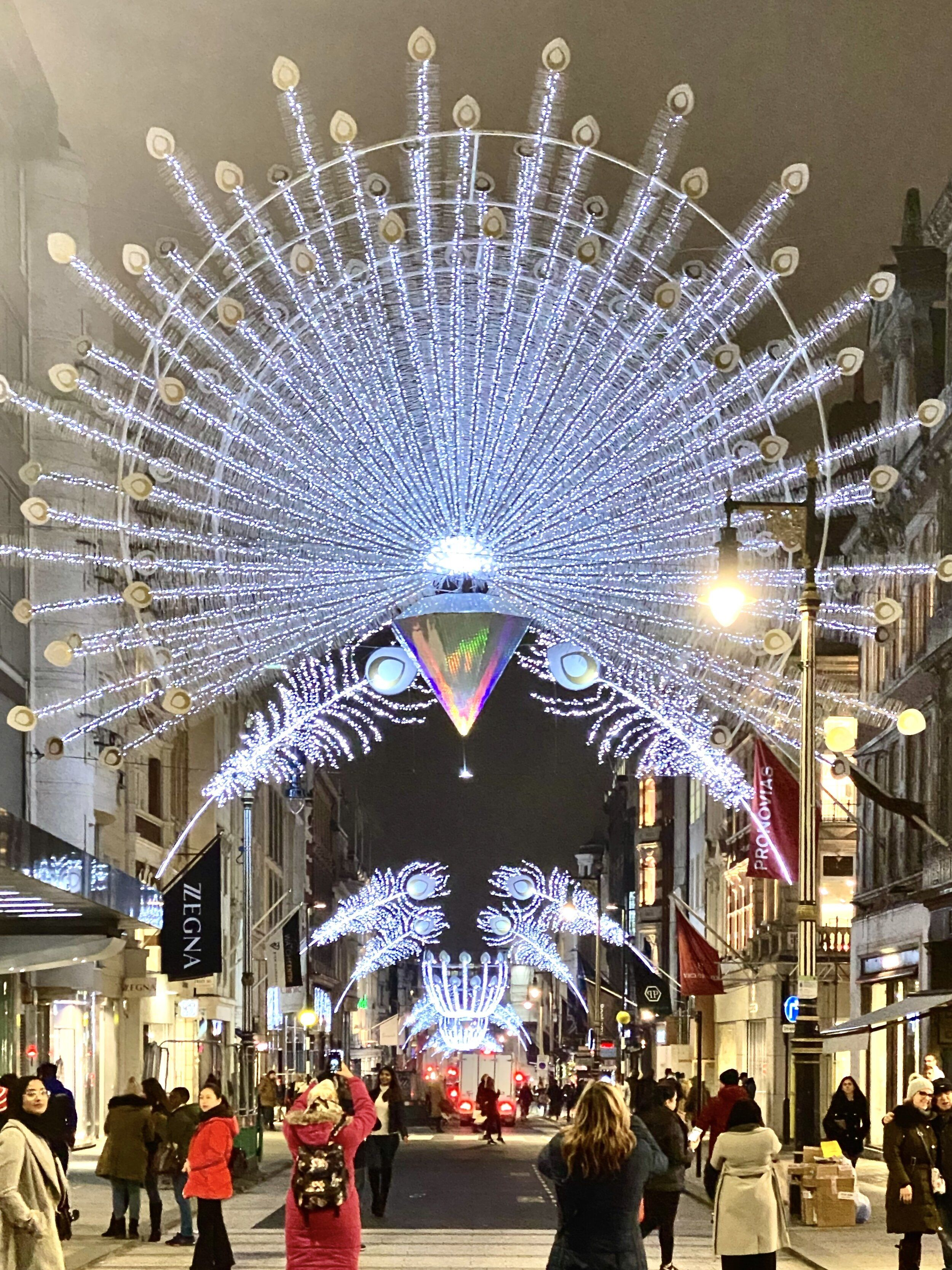 Christmas In London 2019 A Broad In London London Christmas Christmas Light Displays Christmas In Heaven