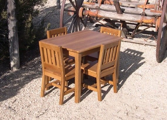 Children S Table And Chairs Set 22 H Wood Childs Table And 4 Chairs Honey Brown Oak Quality Children S Furniture For Grandchild Gift Childrens Table Mission Style Furniture Kids Table And Chairs